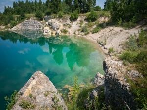 Turkusowe jezioro piechocin